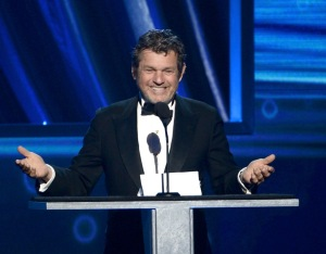 Rolling Stone Publisher Jann Wenner speaks at the Rock and Roll Hall of Fame Induction Ceremony on April 18, 2013 in Los Angeles. He is said to have declined to accept the resignation of the editor of the Campus Rape story.  (Photo by Kevin Winter/Getty Images)