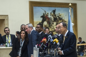 United Nations Secretary General Ban Ki Moon (R) speaks during a press conference at the Gaza Donor Conference in Cairo on October 12, 2014.  (KHALED DESOUKI/AFP/Getty Images)