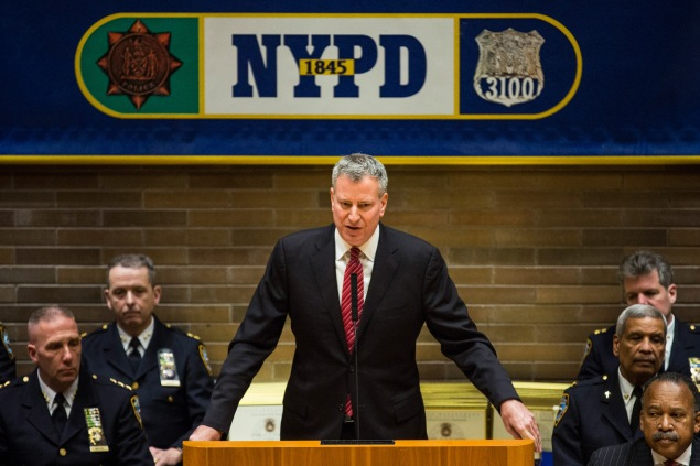 Mayor Bill de Blasio at an NYPD promotions ceremony. (Photo: Andrew Burton/Getty Images)