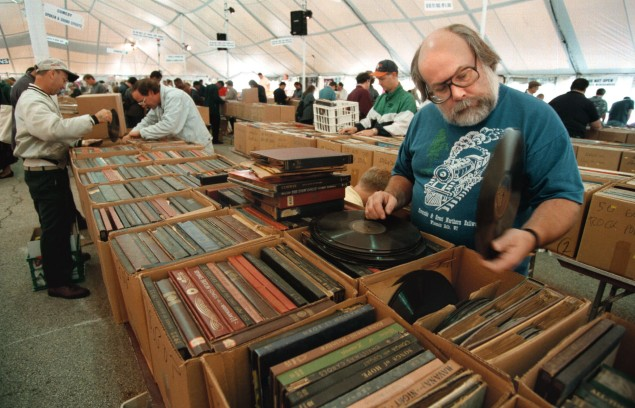 Music Mart Fundraiser for Lou Gehrig's Disease