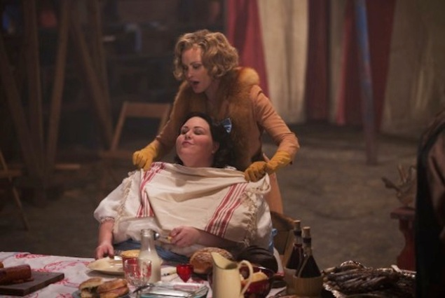 "Elsa (Jessica Lange) with her new ""freak,"" Barbara (Chrissy Metz). (FX)"
