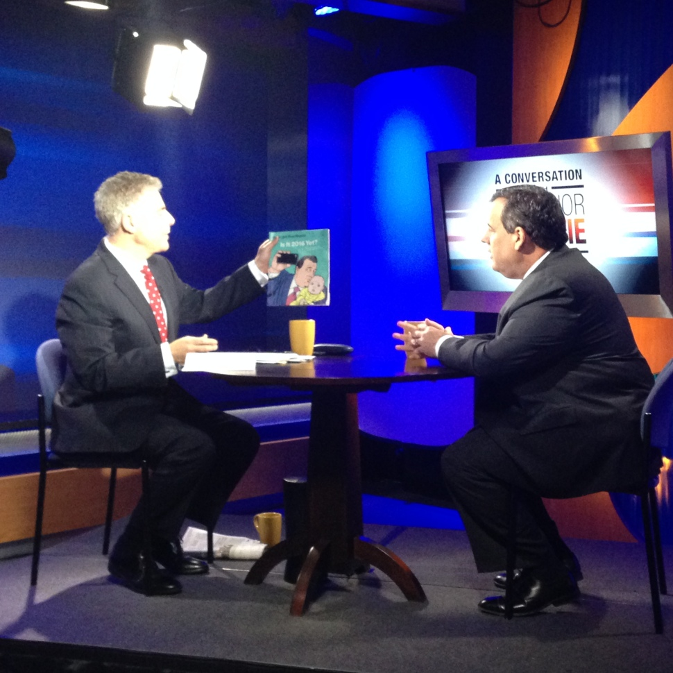 Steve Adubato and Governor Chris Christie joke around before the taping of a live, one-hour interview on WNET and NJTV, and also later broadcast on WABC. (Photo: PolitickerNJ)