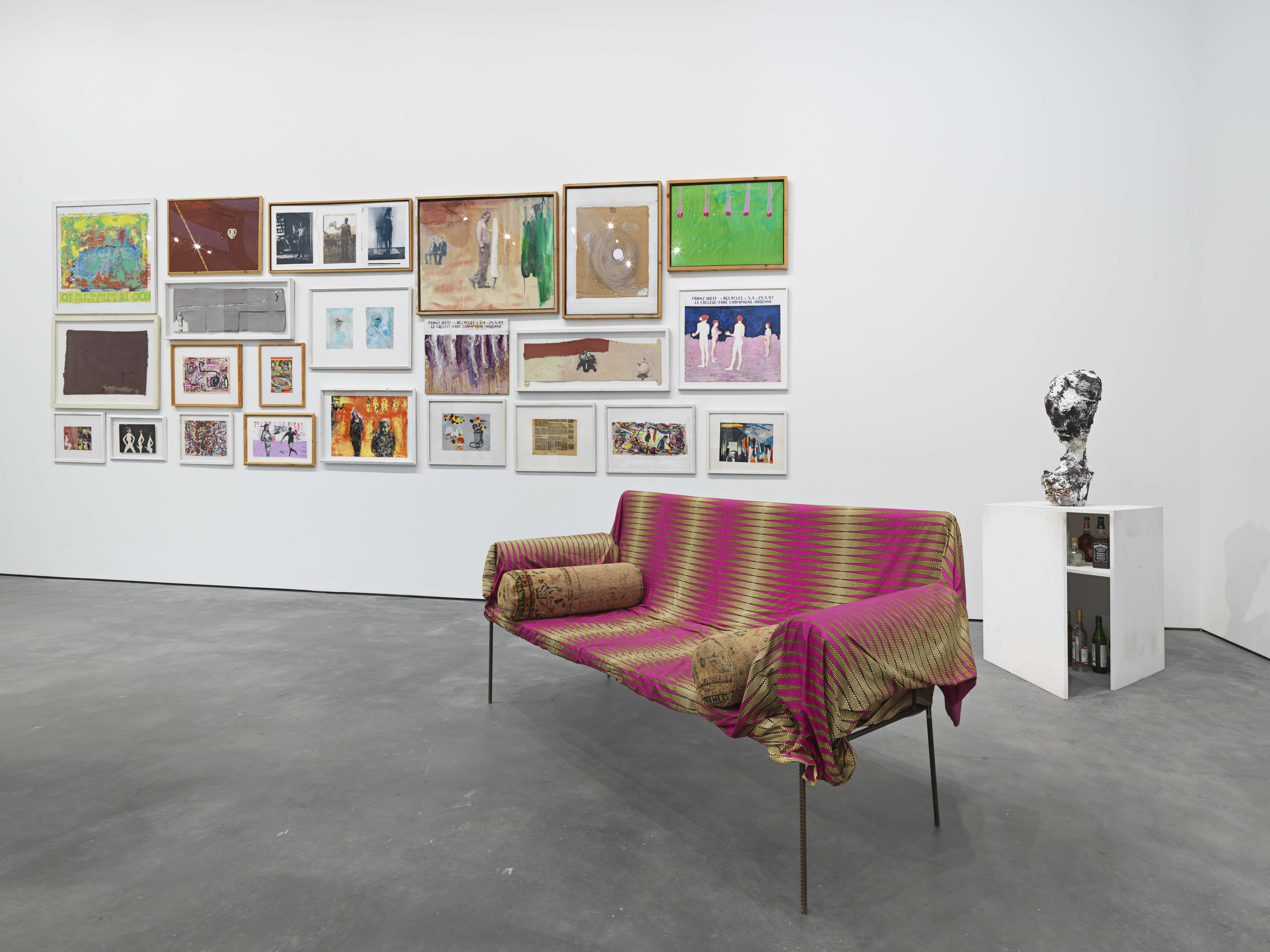 Installation view of Franz West's work, L'Art pour l'Art  (1973-1997), Divan (2003) and Telefonskulptur (1995). (Photo by Genevieve Hanson, courtesy of David Zwirner, New York/London)