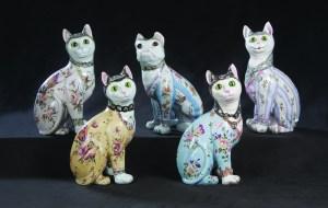 Porcelain kittens, circa 1890, on offer at Leo Kaplan.