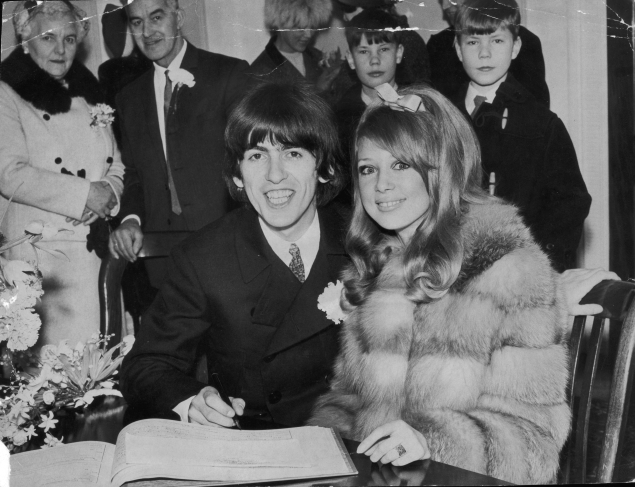 George Harrison and Pattie Boyd go for a courthouse wedding on Jan. 20, 1966. (Photo via Getty)