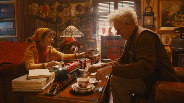 Paddington, that silly old bear, runs amok in London in this screen adaptation of the children's book series.