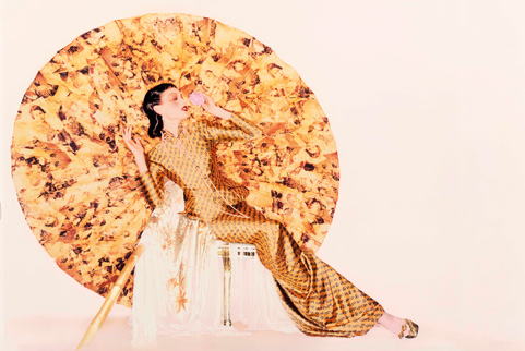 John Galliano for House of Dior, fall/winter 1997–98. Photograph by Nick Knight, Nick Knight / Trunk Archive, Courtesy the Met)