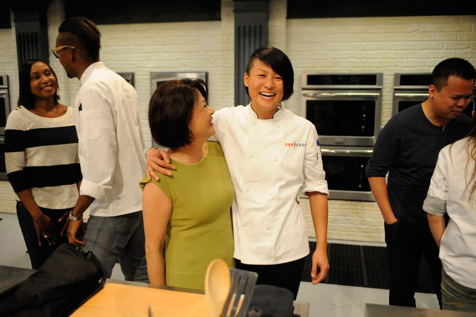 Melissa and her mother in the Top Chef kitchen. (Bravo/BravoTV.com)