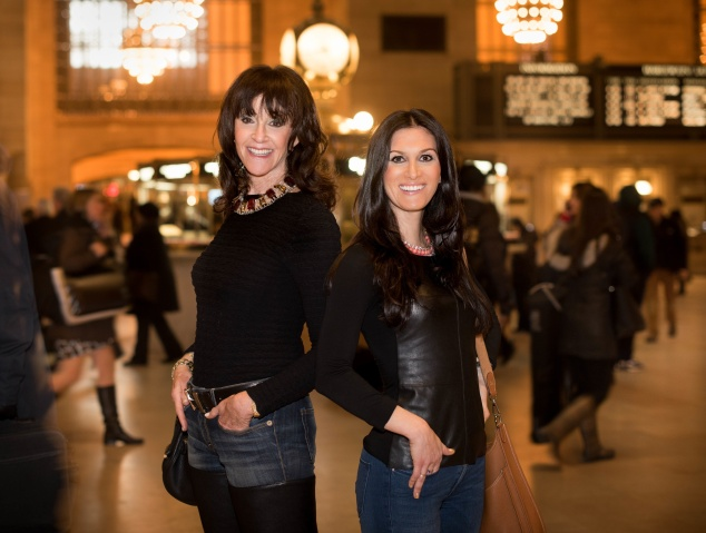 Mother-daughter matchmaking duo  Janis and Carly Spindel. (Photo: Francesco Sapienza)