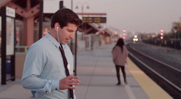 """Cubic's wearable """"power badge"""" clips on to users' clothes. (Photo: YouTube)"""
