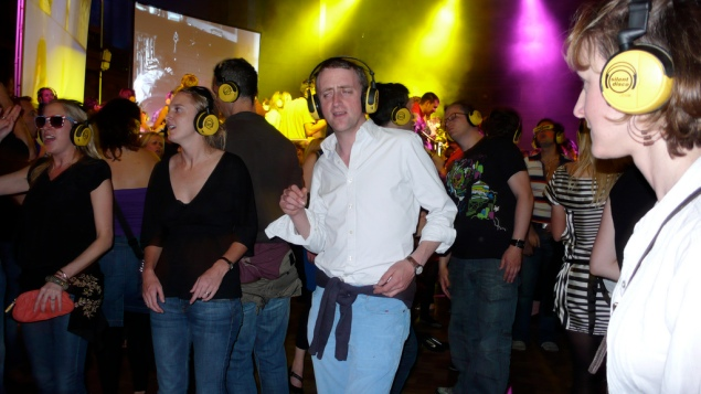 Dance to the beat of your own drummer. (Photo: Wikimedia)