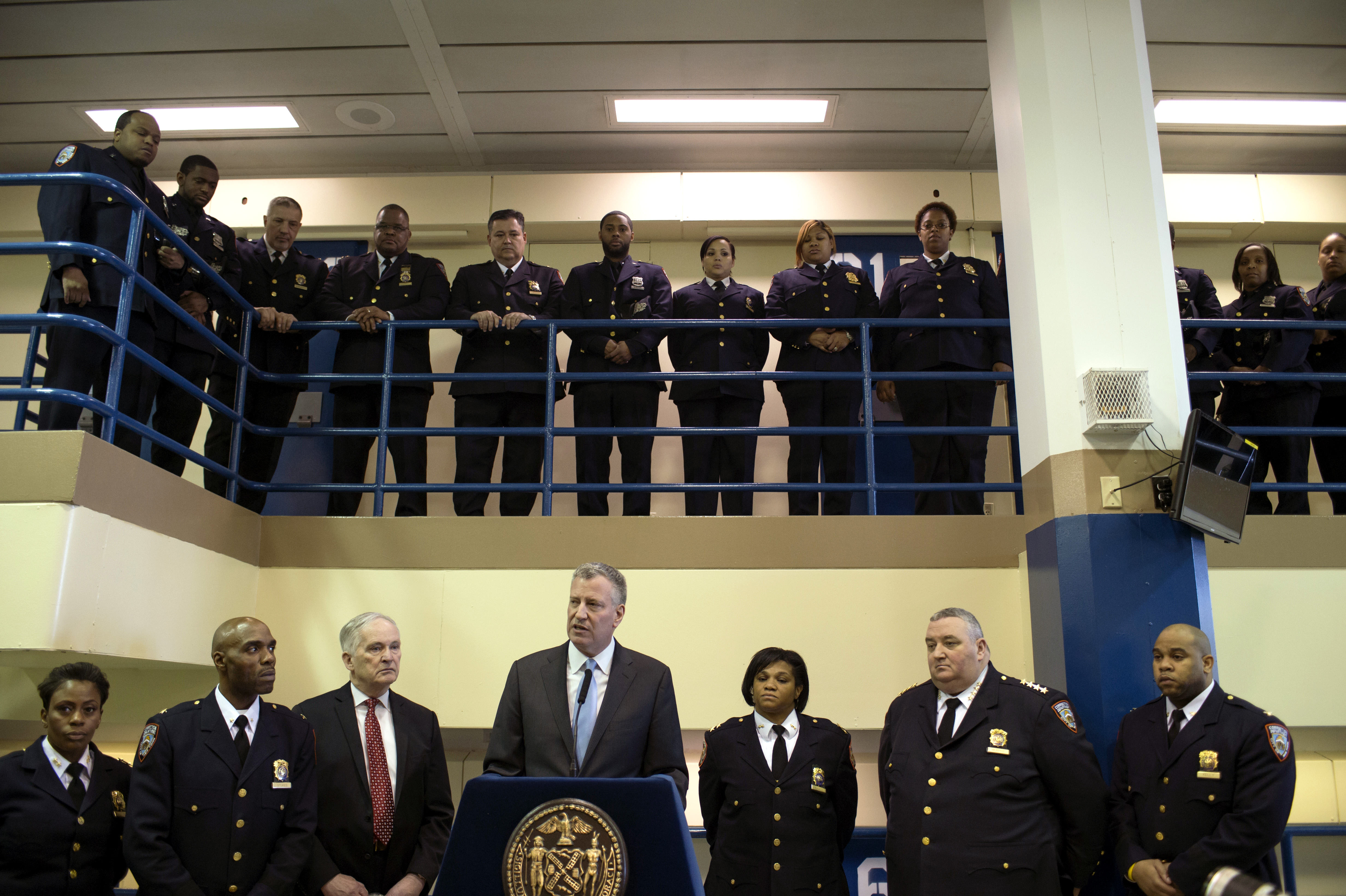 Mayor Bill de Blasio held a press conference in a new Enhanced Supervision Housing Unit at Rikers Island. To the mayor's left is Correction Commissioner Joseph Ponte. (Rob Bennett/Mayoral Photography Office)
