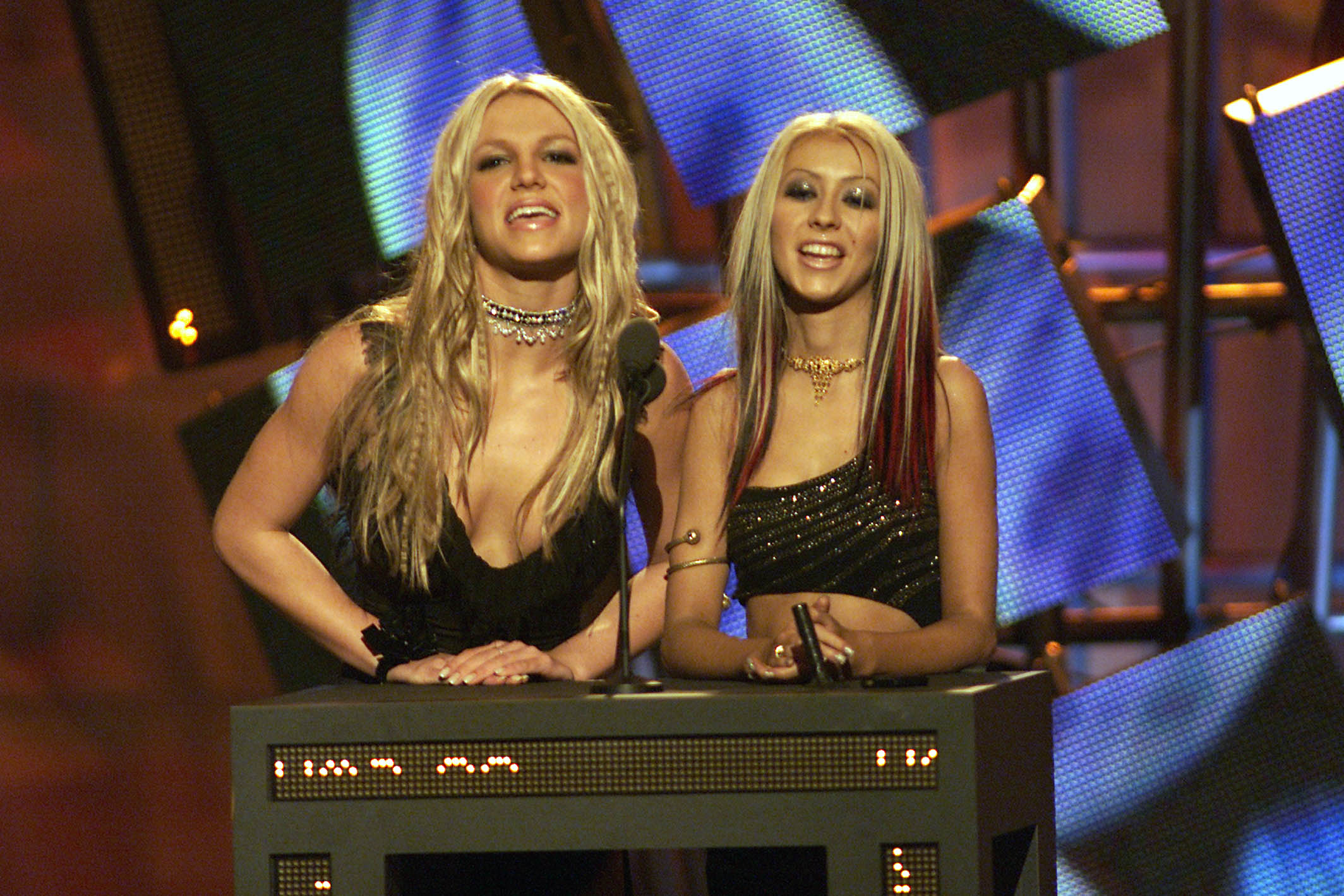 Pop stars Britney Spears and Christina Aguilera can be seen as the last blonde sex symbols of the 20th century (Photo: Getty).