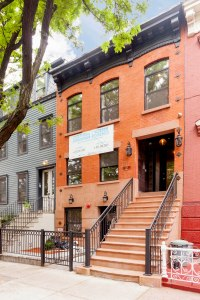 420 Franklin in Bed-Stuy, where last summer a ground-floor duplex sold for $859,000.
