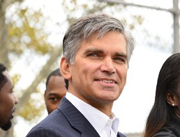 Sotheby's new CEO and president Tad Smith. (Photo: David Dow/NBAE/Getty Images)