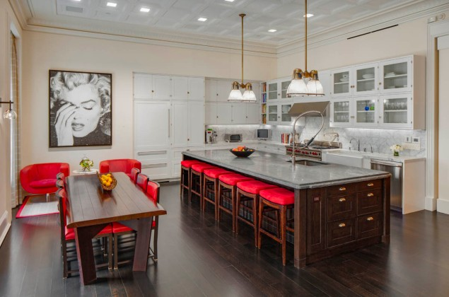 The Soho home that Ms. Ripa shared with her husband, Mark Consuelos, eventually sold for $20 million, $4.5 million less than the asking price.