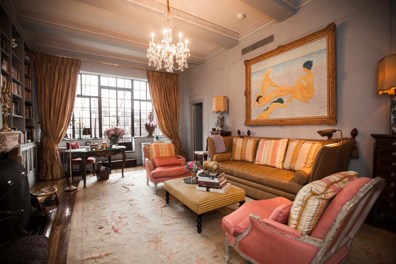Her lofty living room (Photo: Emily Assiran/New York Observer).