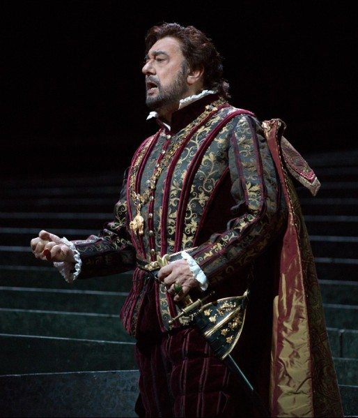 Plácido Domingo as Don Carlo in Ernani. Marty Sohl/Metropolitan Opera)
