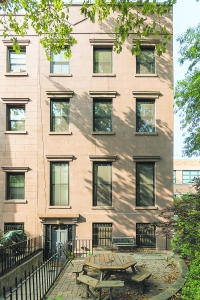 117 First Place, where a recent condo sale surpassed $2 million. (Stefano Ukmar/TOWN)