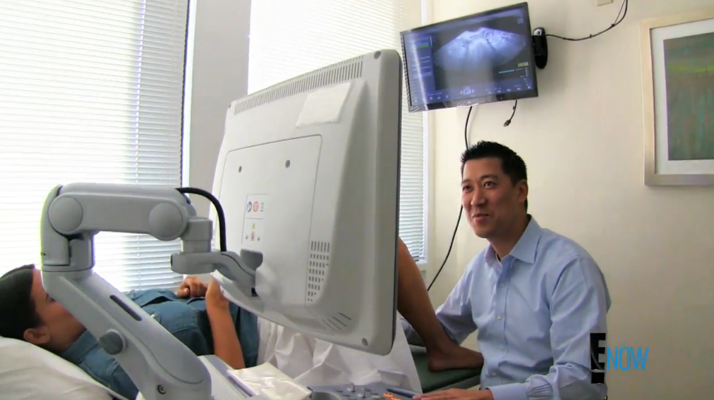 Kim's doctor is a good sport (Screengrab: E! Online).