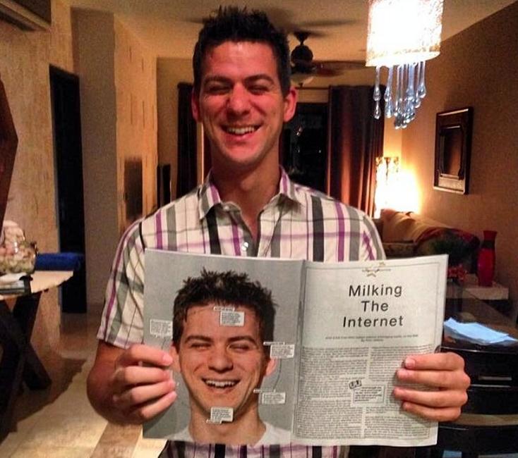 Viral Nova founder Scott DeLong posing with his Bloomberg Businessweek spread. (Photo: Instagram)