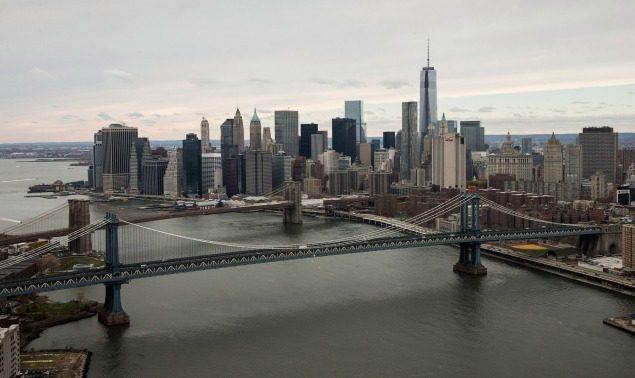 """East River bridges would be tolled under the """"Move NY"""" congestion pricing plan. (Photo: Andrew Burton/Getty Images)"""