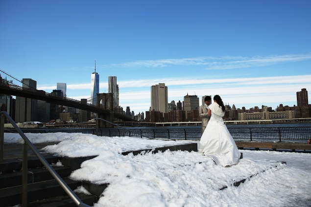 These gift ideas are perfect for any New Yorker's wedding registry. (Photo: Getty)
