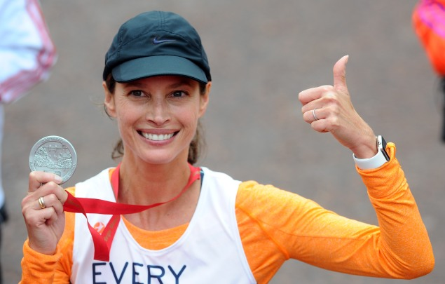 Christy Turlington completed the race in a personal best time. (Photo: Getty)