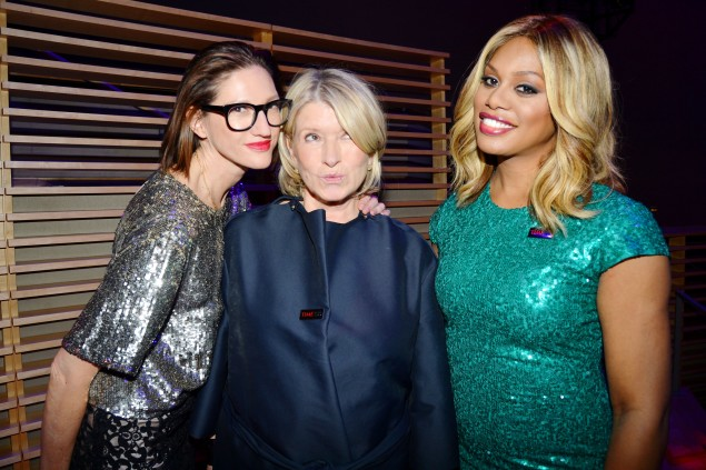 Ms. Lyons wore the bob, glasses and bright lipstick as she posed alongside Martha Stewart and Laverne Cox. (Photo: Patrick McMullan)