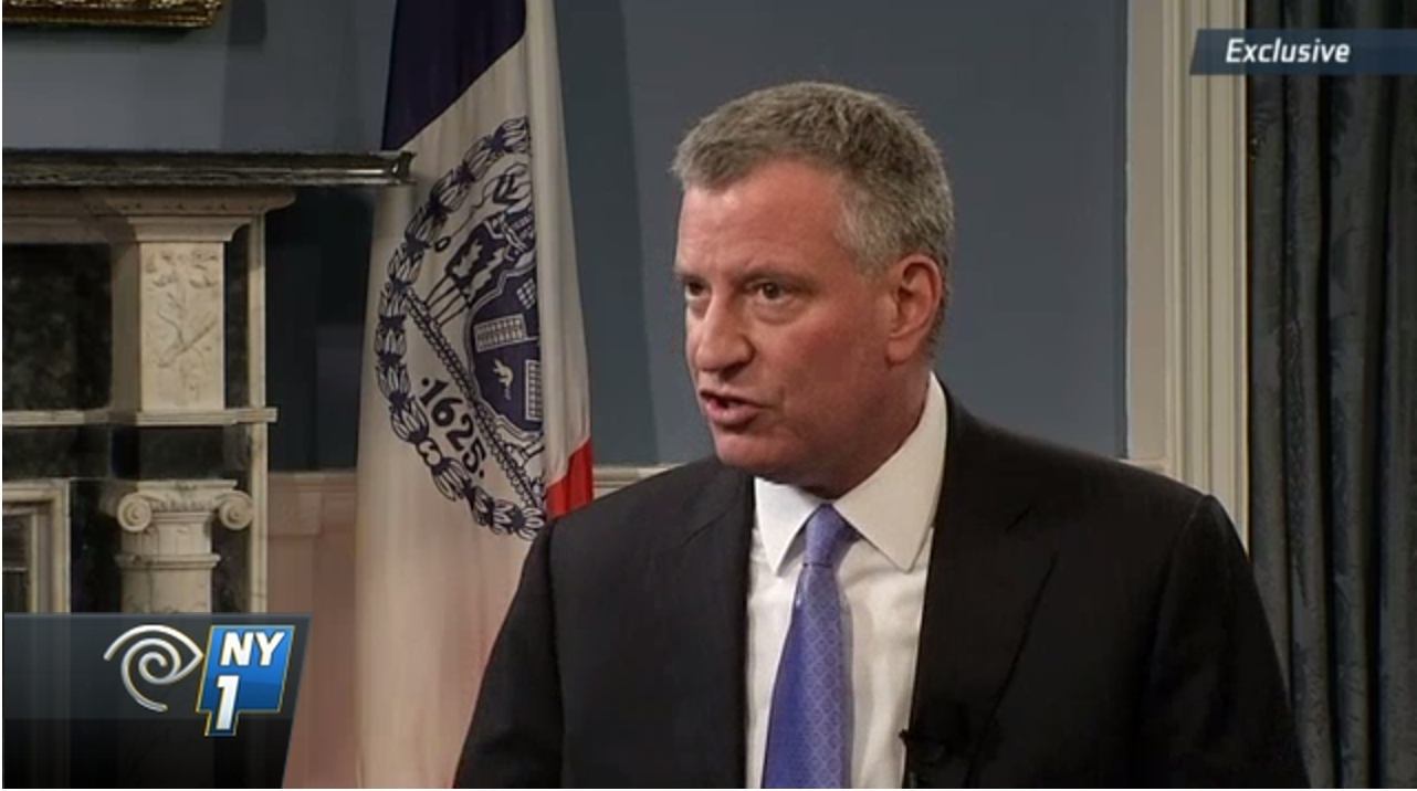 Mayor Bill de Blasio during a sit-down with NY1. (Screenshot: NY1)