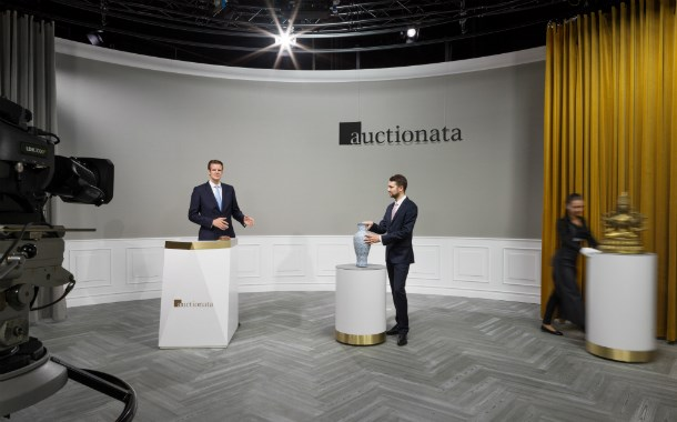 A live sale at Auctionata broadcasts online to collectors. (Photo: Auctionata.com)