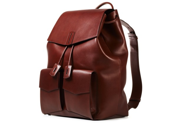 A side view of the Ravi backpack.