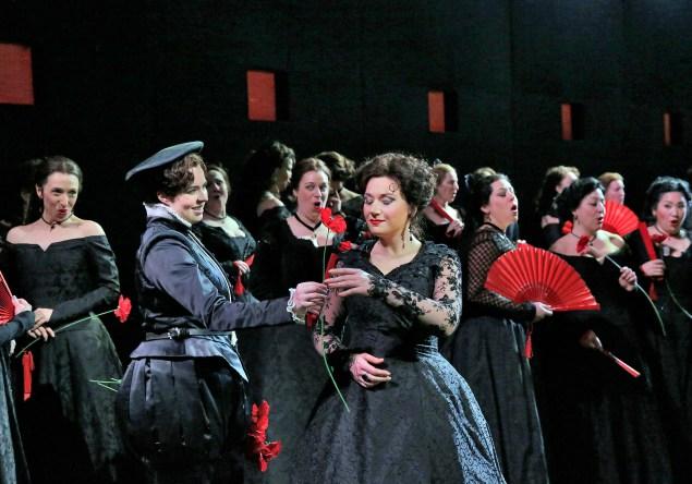 A scene from Verdi's Don Carlo. (Photo: Ken Howard/Metropolitan Opera)