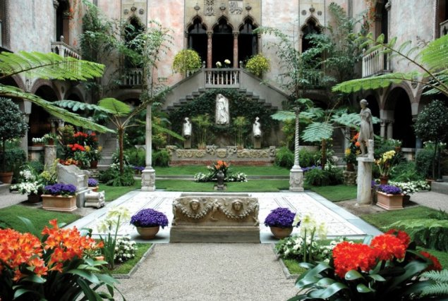 A garden inside the Gardner Museum, in Boston. (Courtesy the Isabella Stewart Gardner Museum)