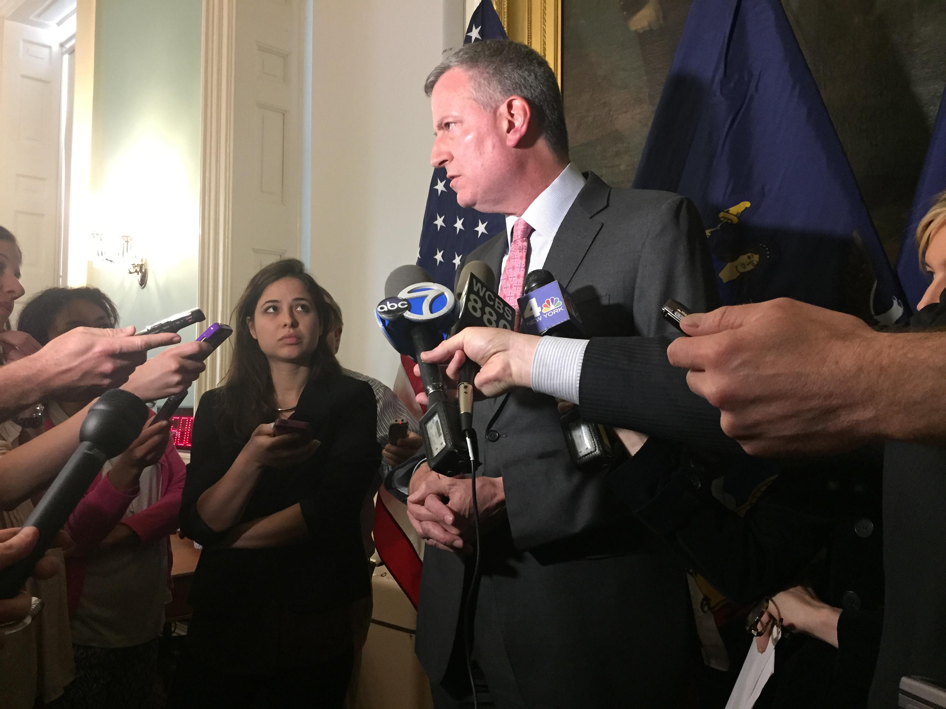 Mayor Bill de Blasio speaks with reporters today. (Photo: Jillian Jorgensen/New York Observer)