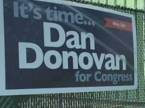 A Daniel Donovan campaign sign without a disclaimer.