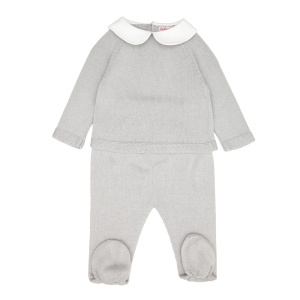 The Lucio Cotton Knitted Baby set in grey (Photo: www.lacoquetakids.com)