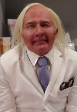 "Martin Short as ""Dr. Grant"" (Screengrab: YouTube)."