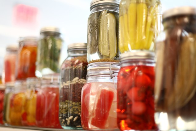 Used to preserve pickles, benzoic acid can cause irritation to the skin and eyes. (Photo: Getty)