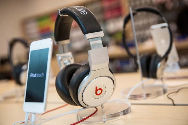 NEW YORK, NY - MAY 09:  Beats headphones are sold along side iPods in an Apple store on May 9, 2014 in New York City. Apple is rumored to be consideringing buying the headphone company for $3.2 billion.