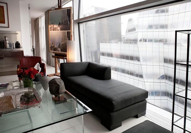 The living room. (Photo: Celeste Sloman/New York Observer)