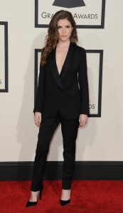 Anna Kendrick arrives on the red carpet for the 57th Annual Grammy Awards in Los Angeles February 8, 2015. AFP PHOTO / VALERIE MACON        (Photo credit should read VALERIE MACON/AFP/Getty Images)