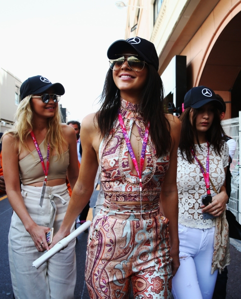 MONTE-CARLO, MONACO - MAY 24: (L-R) Gigi Hadid, Kendall Jenner and Bella Hadid make their way to the grid during the Monaco Formula One Grand Prix at Circuit de Monaco on May 24, 2015 in Monte-Carlo, Monaco. (Photo by Mark Thompson/Getty Images)