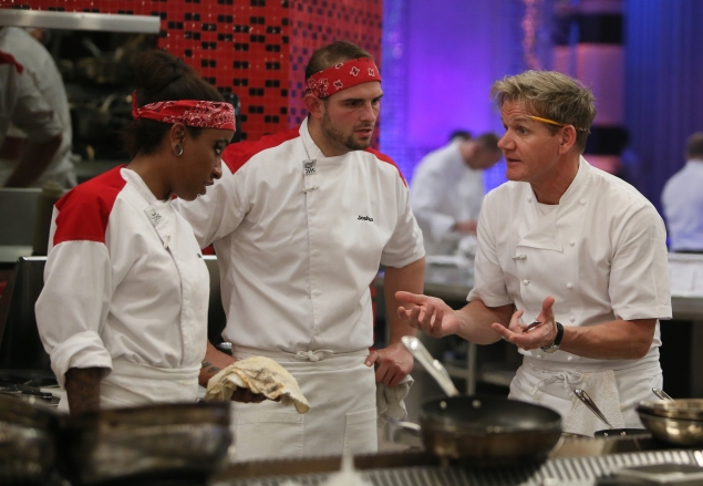 """HELL'S KITCHEN: L-R: Contestants Alison, Joshua and chef Ramsay during dinner service in the all-new, special two-hour """"7 Chefs Compete/6 Chefs Compete"""" episode of HELL'S KITCHEN airing Tuesday, May 19 (8:00-10:00 PM ET/PT) on FOX. CR: Greg Gayne / FOX. © 2015 FOX Broadcasting Co."""
