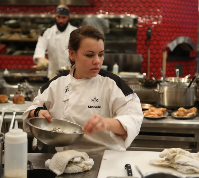 """HELL'S KITCHEN: Contestant Michelle during dinner service in the all-new, """"5 Chefs Compete"""" episode of HELL'S KITCHEN airing Tuesday, May 26 (9:00-10:00 PM ET/PT) on FOX. CR: Greg Gayne / FOX. © 2015 FOX Broadcasting Co."""