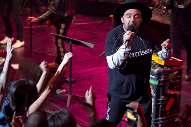 Ringleader Camilo Lara. (Photo: Rahav Iggy Segev / Photopass.com)