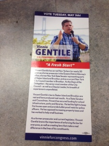 The front side of the Vincent Gentile palm card in question.
