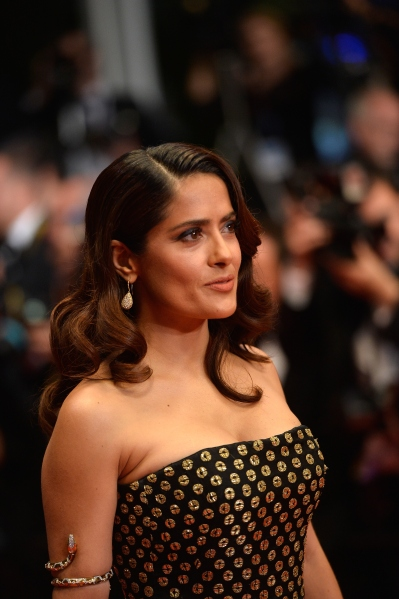 Salma Hayek in Cannes. (Photo: Getty Images)