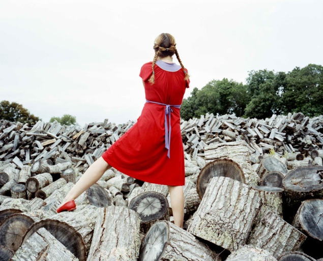 Bastienne Schmidt, The Red Dress, Sagaponack; Home Stills, (2008). (Photo: Courtesy of the artist and Guild Hall)