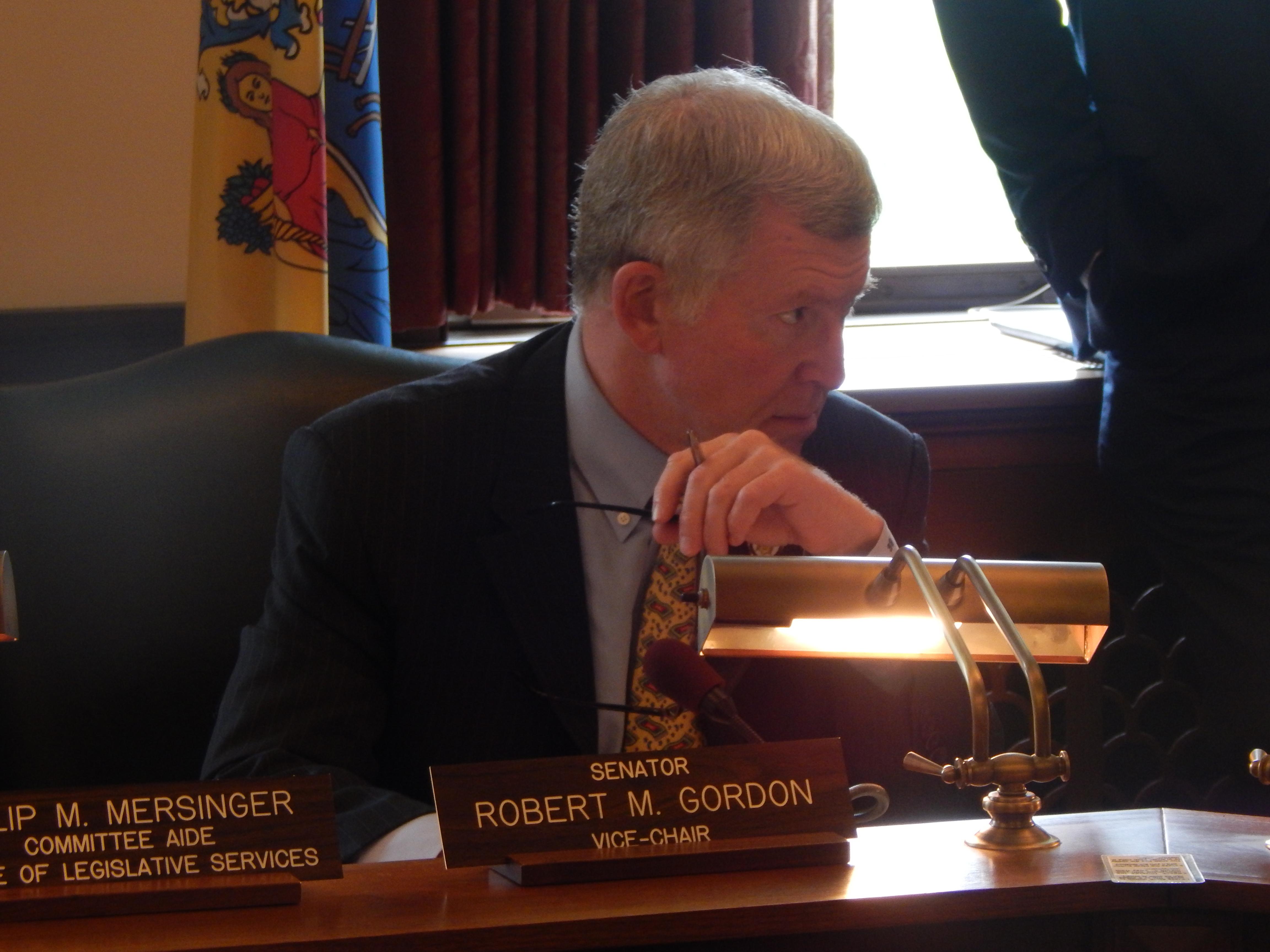 Senate Legislative Oversight Committee Chair Bob Gordon (D-38)